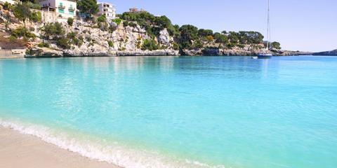 Porto Cristo blue-green waters
