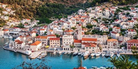 faire de la voile Agana Méditerranée
