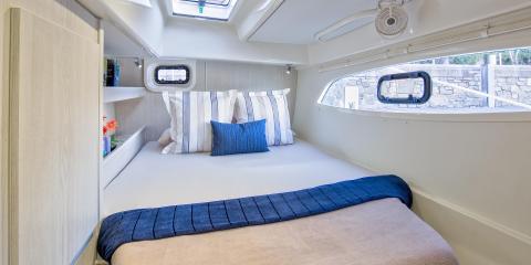 Moorings 4400 cabin