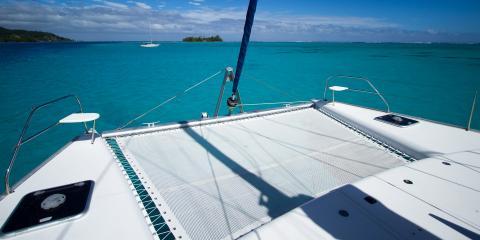 sailing catamaran trampoline in Tahiti