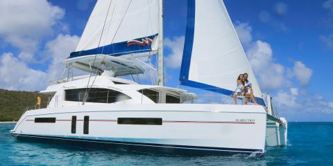Seaduction yacht underway