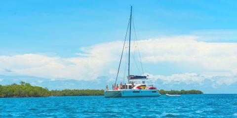 Luxury crewed sailing catamaran in Belize