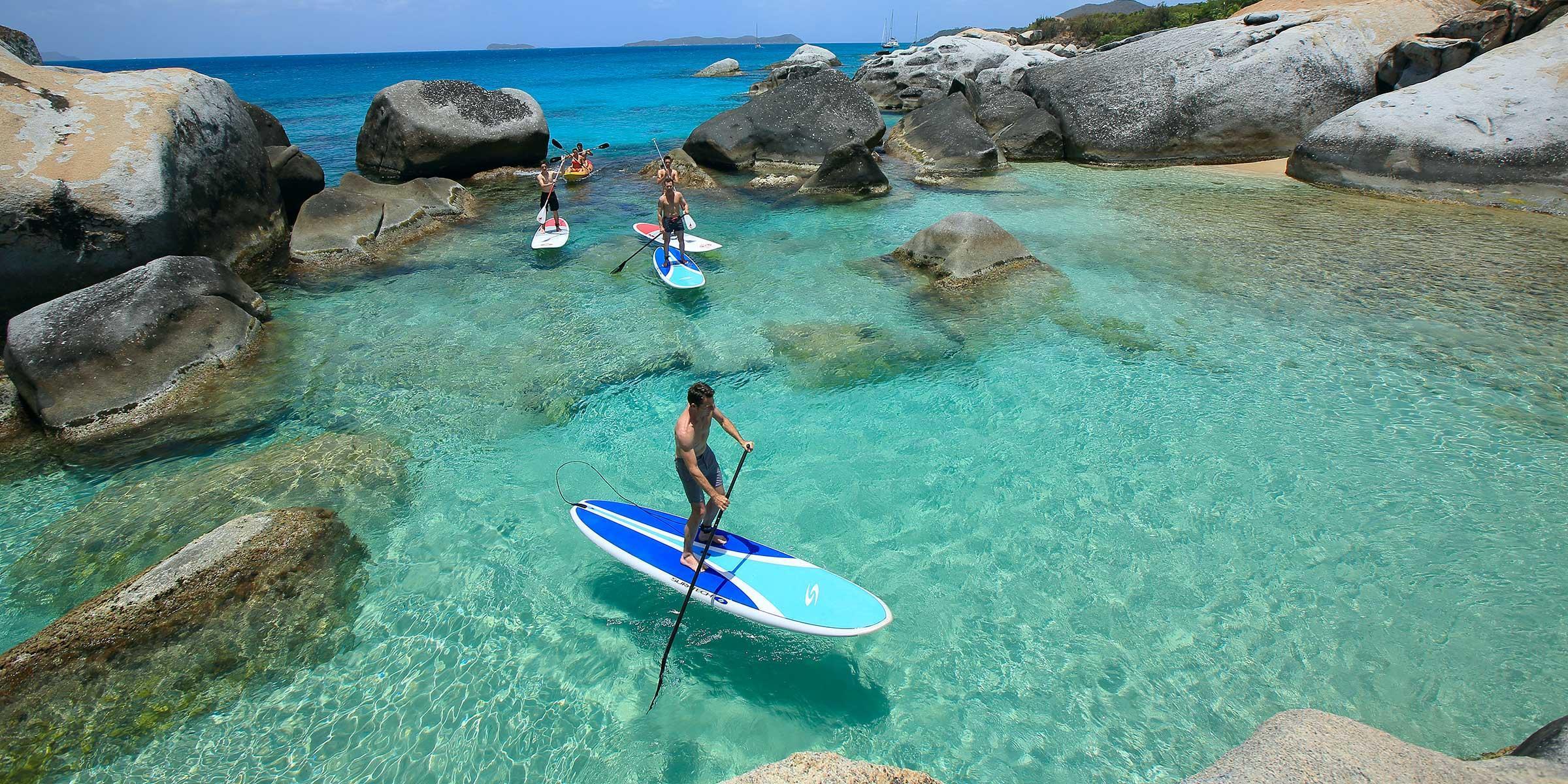 Stand-up paddle aux Îles Vierges britanniques
